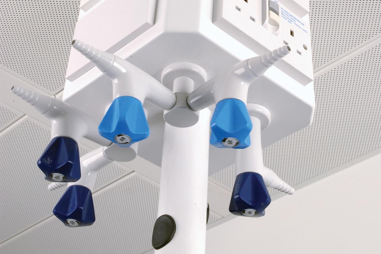 Flexilab Service Pods Amp Poles W E Marson