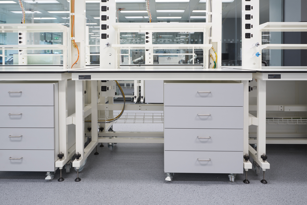 M603 - 4 drawer unit.